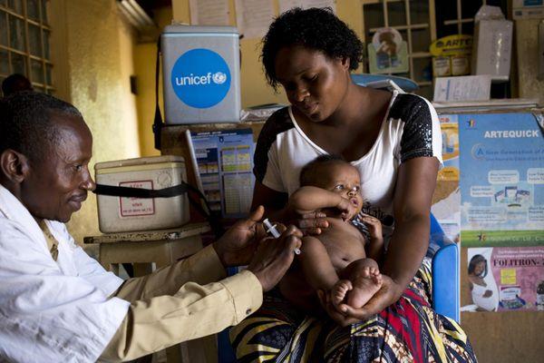 UNICEF: Hàng triệu trẻ em không được tiêm chủng vì Covid-19