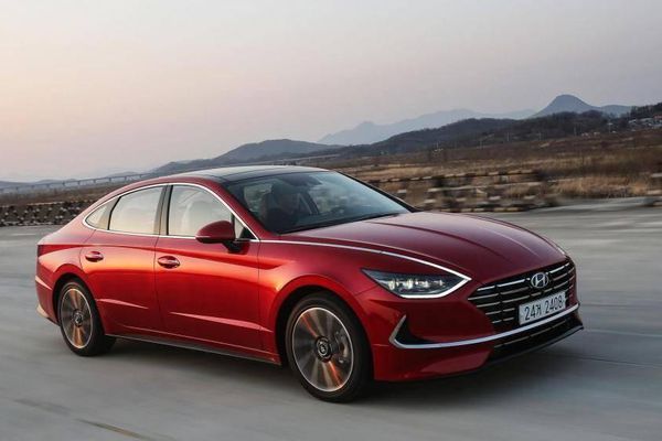 Ra mắt được 1 năm, Hyundai Sonata 2020 đã phải triệu hồi