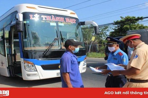 An Giang: Kiểm tra, tuyên truyền và xử lý vi phạm phương tiện vận tải hành khách trong phòng, chống dịch bệnh Covid-19