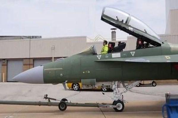 Boeing giới thiệu phiên bản mới của máy bay chiến đấu 'Siêu ong bắp cày'