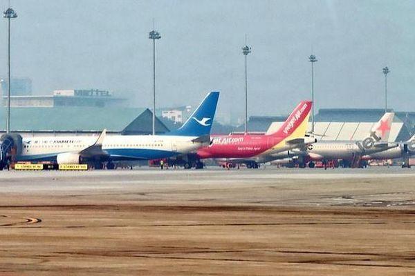 Tạm dừng lập thêm hãng bay mới, đợi thị trường phục hồi