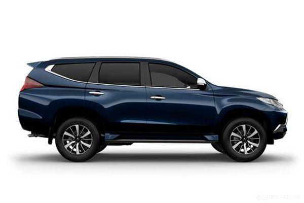 Đối thủ của Toyota Fortuner, Mazda CX-8 giảm giá 'sập sàn' trong tháng 5