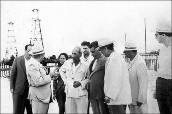 Nghĩa cử cao đẹp của Hồ Chủ tịch trong chuyến thăm nước ngoài năm 1959