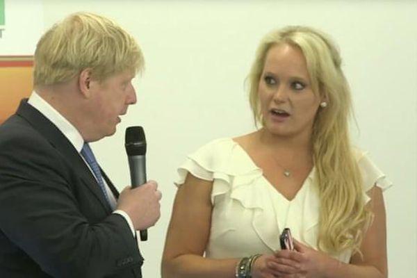 Thủ tướng Anh không bị điều tra hình sự về mối quan hệ với nữ doanh nhân Mỹ