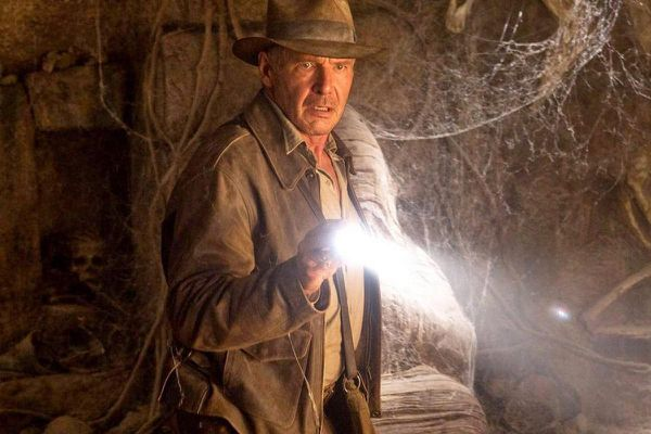 'Indiana Jones 5' chính thức do đạo diễn 'Logan' thực hiện