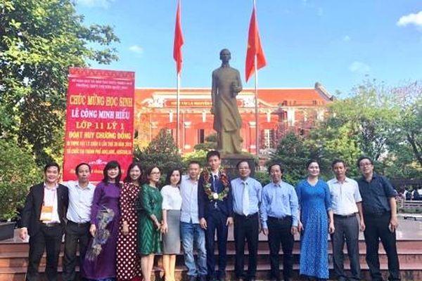 Nam sinh lớp 12 được vinh danh công dân tiêu biểu năm 2019 của tỉnh Thừa Thiên Huế