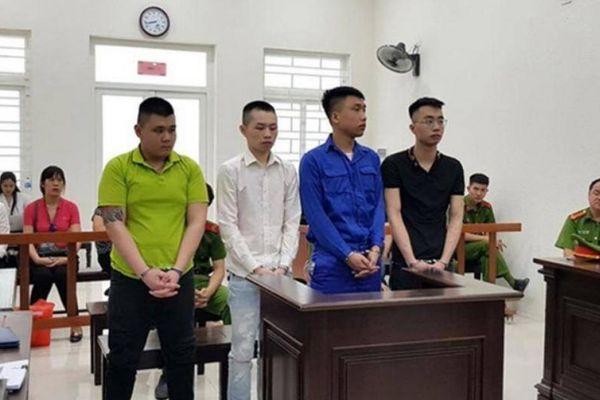 Bốn thanh niên vào tù chỉ vì bị từ chối yêu
