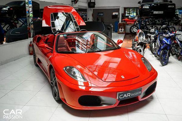 Ferrari F430 Spider 13 năm tuổi độ pô hơn 200 triệu tại Sài Gòn
