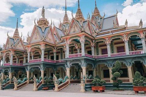 Về Sóc Trăng viếng chùa Som Rong