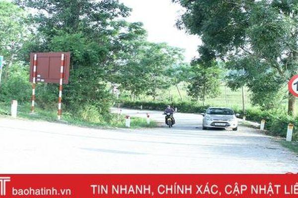 Nhiều tuyến đường ở Vũ Quang không có gờ giảm tốc, tiềm ẩn tai nạn giao thông