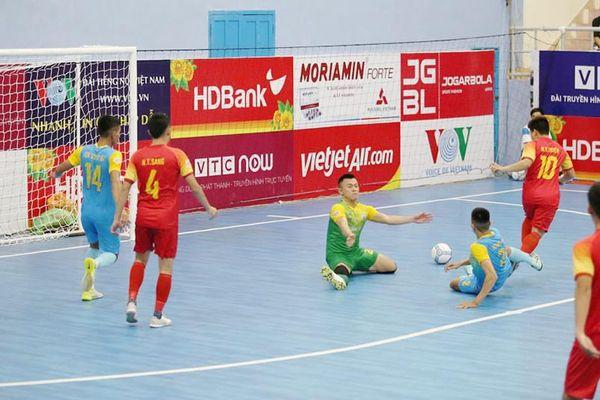 Khắc nghiệt cuộc đua futsal HDBank vô địch quốc gia 2020