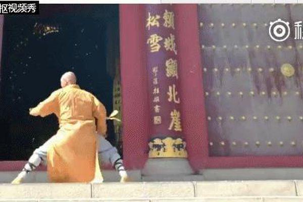 Bị đuổi vì say rượu rồi đánh nhau ở Thiếu Lâm Tự, 'võ sư giả' vẫn lừa đảo khắp võ lâm TQ
