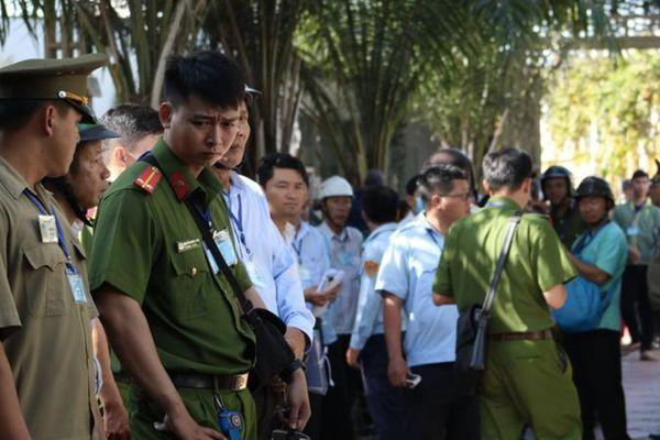 Tiếp tục cưỡng chế tổ hợp Gia Trang quán - Tràm Chim Resort