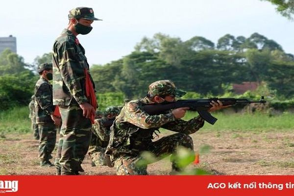 Trung đoàn Bộ binh 892: Nỗ lực thực hiện các phong trào thi đua