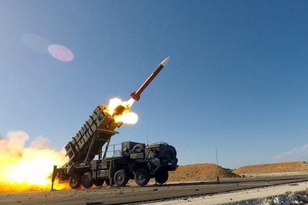 Washington bán tên lửa phòng không cho Đài Loan, Bắc Kinh giận dữ trừng phạt công ty vũ khí Mỹ
