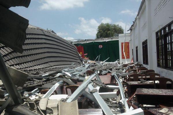 Vụ sập mái hội trường 250 chỗ ngồi ở Hậu Giang: Kỷ luật 3 cán bộ