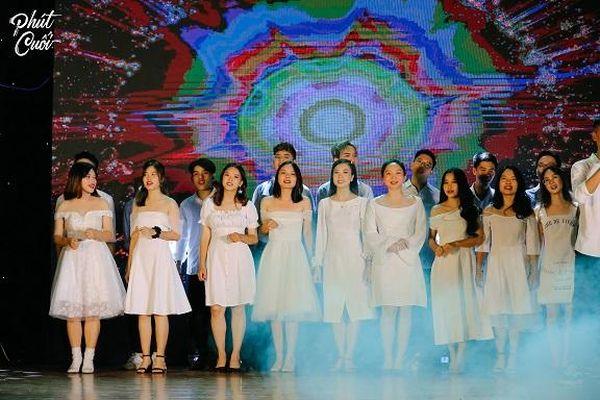 Ấn tượng với sinh viên Báo chí trong đêm nhạc 'Phút Cuối'