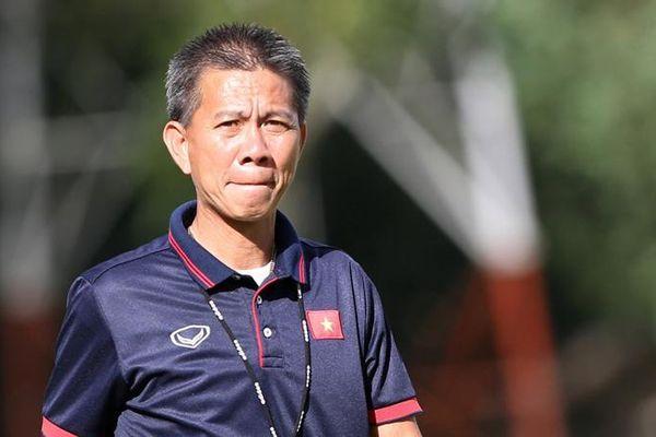 'CLB Việt Nam còn chưa chuyên nghiệp, cầu thủ sao ra nước ngoài được'