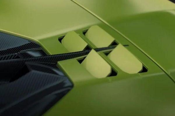 Lamboghini hé lộ cách giải nhiệt động cơ V12 trên siêu xe Sian