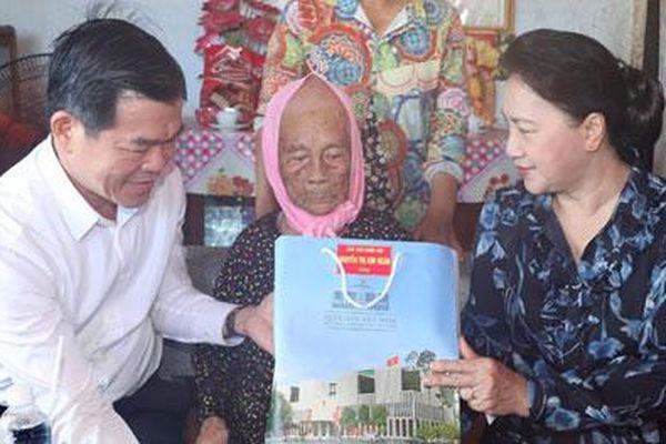 Chủ tịch Quốc hội Nguyễn Thị Kim Ngân làm việc tại tỉnh Bà Rịa - Vũng Tàu