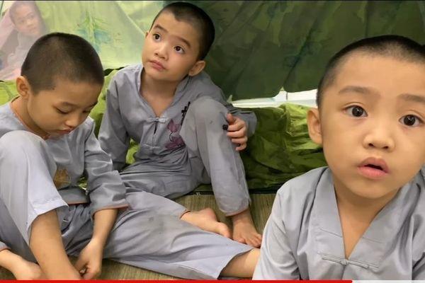 Cuộc sống thú vị của những chú tiểu 'Tịnh thất Bồng Lai' trong khu cách ly COVID-19