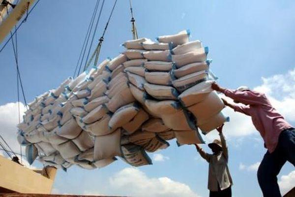 Reuters: Việt Nam có cơ hội tăng xuất khẩu gạo trong ngắn hạn