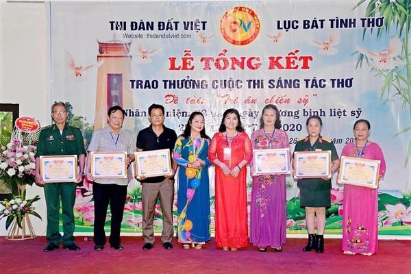 Bài thơ 'Cha ở đâu?' của nhà báo Tào Khánh Hưng – Phó Tổng Biên tập Báo Xây dựng đạt giải Ba