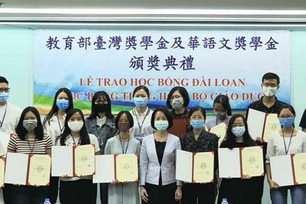 Đài Loan trao 56 suất học bổng năm 2020 cho học sinh, sinh viên Việt Nam