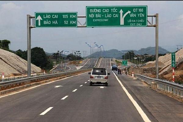 Phát hiện nhiều xe trốn phí trên cao tốc Nội Bài - Lào Cai