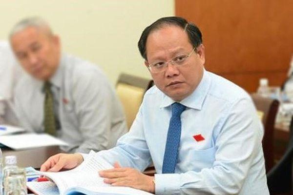 Liên quan sai phạm tại Thủ Thiêm, sao ông Tất Thành Cang chỉ bị phê bình?