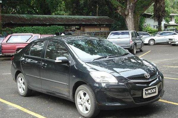 Xe Toyota tại Việt Nam liên tục 'đổ bệnh'