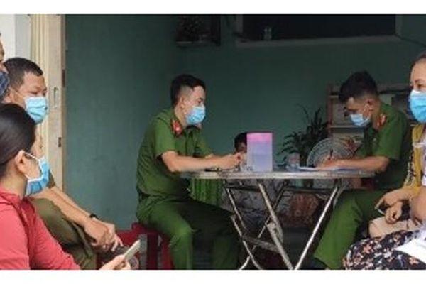 Bất ngờ sự thật tin 2 bé gái bị nhốt tại nhà hoang ở Quảng Ngãi
