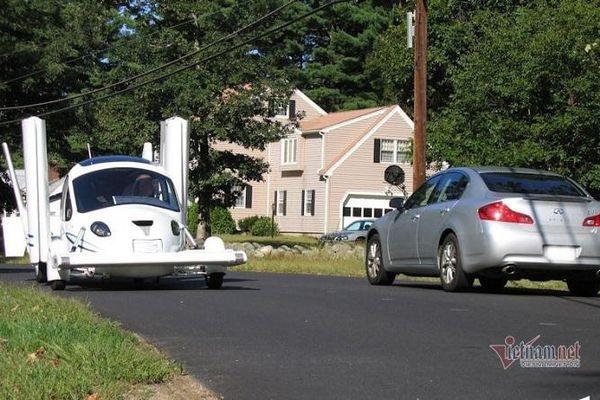 Ô tô bay được phép hoạt động trên đường phố như xe hơi phổ thông