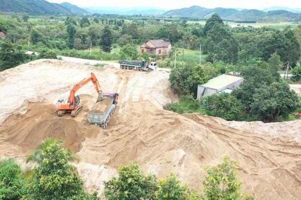 Vụ bức tử thượng nguồn sông Đồng Nai: Huyện Cát Tiên xử lý nghiêm sau phản ánh của Báo PLVN