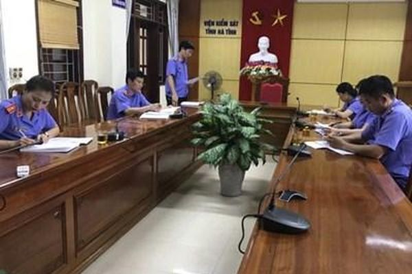 Đảng bộ VKSND tỉnh Hà Tĩnh làm tốt công tác giáo dục chính trị, tư tưởng