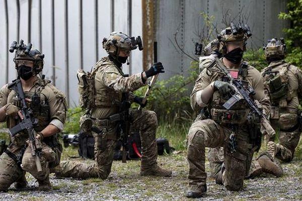 Mỹ bắt cựu đặc nhiệm mũ nồi xanh nghi làm gián điệp cho Nga