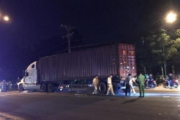 Tin giao thông ngày 23/8: Liên tiếp vụ xe container tông chết người