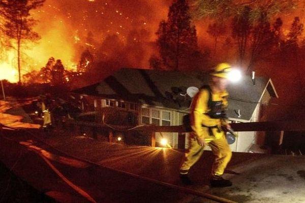 Cháy rừng tại California là đám cháy lớn thứ hai trong lịch sử của bang