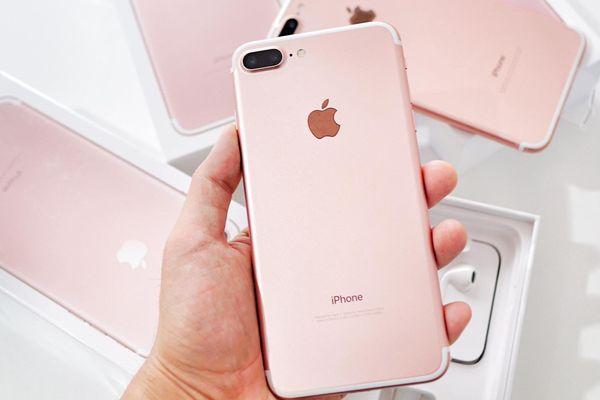 Sau 4 năm, iPhone 7 Plus vẫn hút khách ở Việt Nam