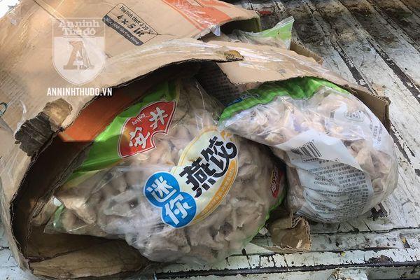 60 bao thực phẩm bất thường bị chốt 141 phát hiện
