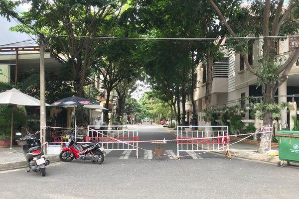 Đà Nẵng: Phong tỏa khu dân cư nơi 'đại gia đình' có 6 người cùng mắc COVID-19