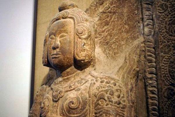 Bí ẩn tượng Kim Cương thân mặc kim giáp, đầu đội kim khôi ở Chùa Đọi
