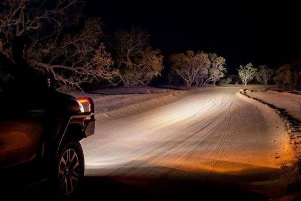 Tiêu chuẩn đèn ô tô bất cập khiến lái xe người Mỹ thiếu tầm nhìn