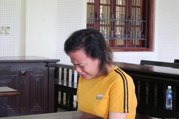 Cuộc đời đẫm lệ của người phụ nữ bị bán vào nhà chứa, đồng phạm cướp tài sản