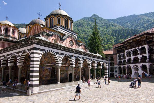 Tu viện Thánh Rila