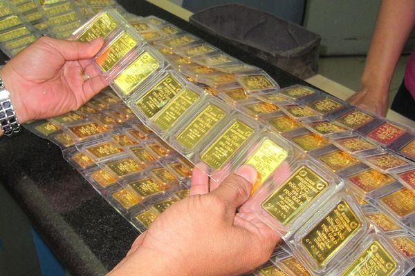 Đại gia vàng miếng huy động 750 tỷ đồng trái phiếu