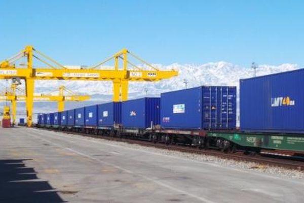 Đường sắt giảm 10-15% cước vận tải cho hàng hóa nông sản