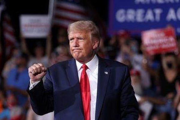 Dư luận trái chiều xung quanh việc ông Trump được đề cử Nobel Hòa bình