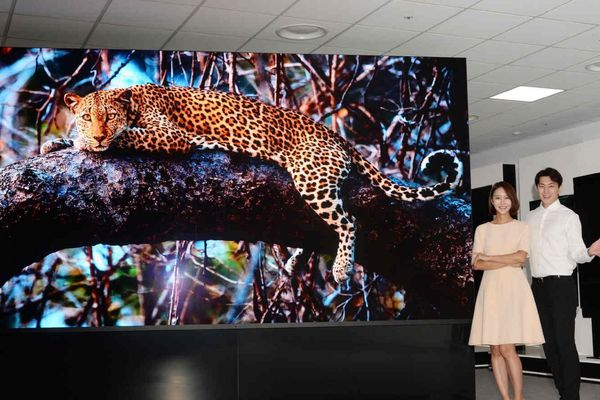 LG ra mắt TV màn hình microLED, kích thước khổng lồ 163 inch