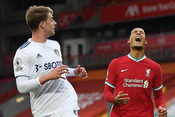 Huyền thoại Liverpool chỉ trích Van Dijk quá kiêu ngạo